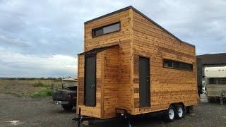 Kequyen s Tiny House in British Columbia