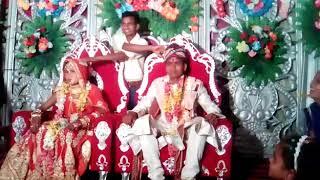 Video Aaye Hum Barati Barat Leke Govind.K.9587340759 download MP3, 3GP, MP4, WEBM, AVI, FLV Oktober 2018