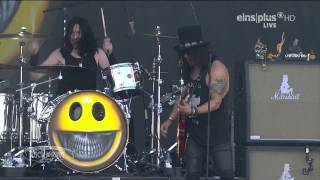Slash ft. Myles Kennedy & The Conspirators - 07.World On Fire Live @ Rock Am Ring 2015 HD AC3