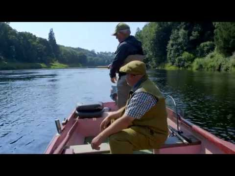 Salmon Fishing On The River Tay At Cargill