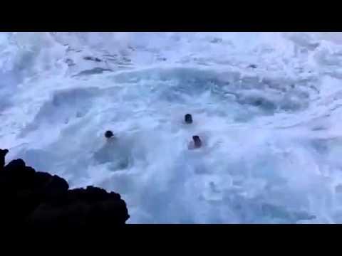 tempat-berenang-paling-bahaya-dalam-dunia!!!