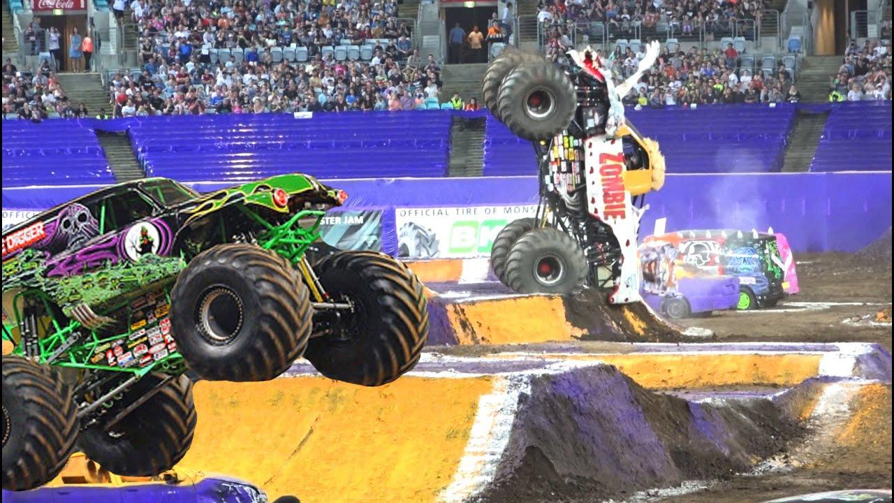 Monster Truck Monster Jam 2015 Battle Sydney Australia