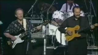 豪華メンバーによる合同演奏です。ワイプ・アウト~キャラヴァン(1998)