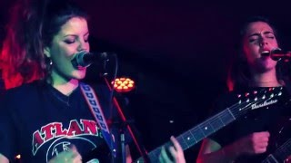 HINDS - Walking Home [live @ Sidecar]