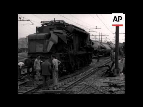 Terrible Train Crash In Rome - NO SOUND - 1957