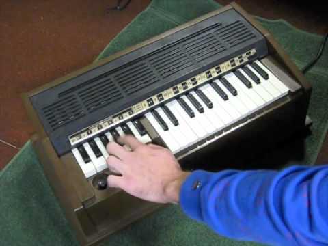 Quot Emenee Audion Duette Quot Electric Reed Organ Harmonium