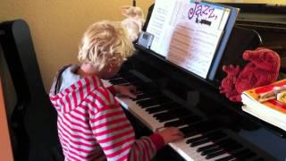 Moritz Gömmel, 9 years old, is playing piano (David Nevue - Overcome)
