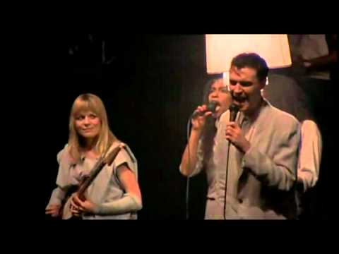 talking heads this must be the place naive melody live 1984 avi youtube. Black Bedroom Furniture Sets. Home Design Ideas