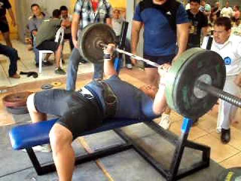 Jonatan Coronado compe en nicaragua 2010 Bench Press