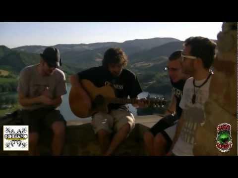 Esclusiva Radio Bombay : Ettore Giuradei - Strega (Live a Sassocorvaro)