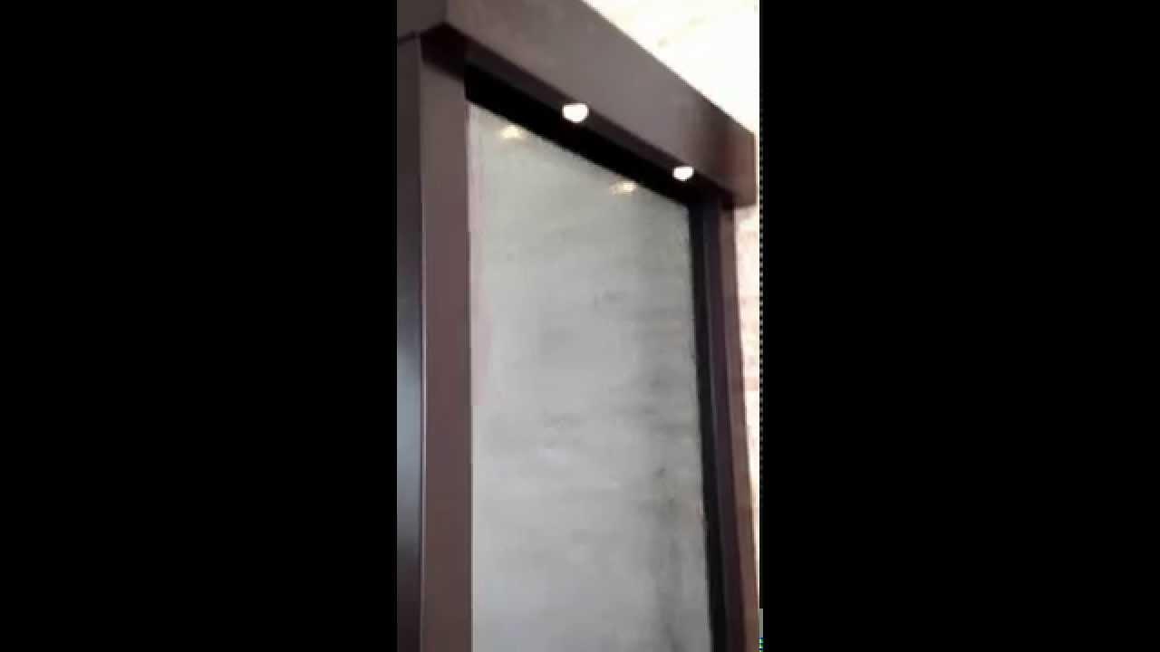 Muro lloron en cristal templado for Muro cristal