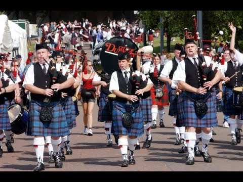VR To The Kilted Piper - 100 Sub GAW