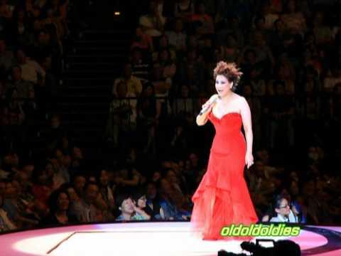 2012 甄妮 愛 Show 臺灣 演唱會 完美篇 寫真全記錄 Jenny Tseng - YouTube
