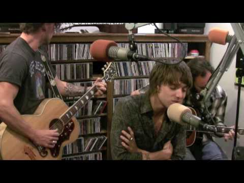 Paolo Nutini - Growing Up Beside You - Live at Lightning 100