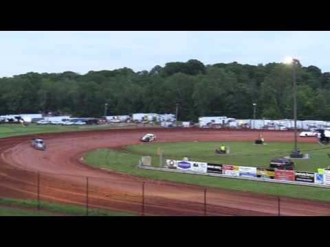 Bloomington Speedway   5.26.17   Super Stocks   Heat 2