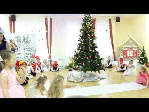 Новогодний утренник 2017 в старшей группе детского сада № 100 г  Минск/Каменная горка