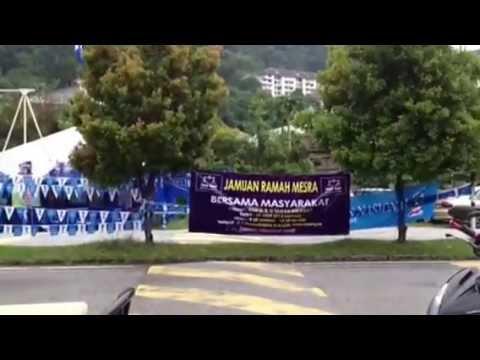 GE13 War of Posters in Taman Melawati, Hulu Klang, Gombak, Selangor