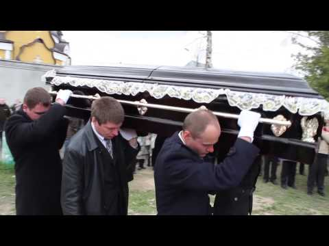 UKRAINE: Ukrainian Journalist Laid to Rest in Kiev