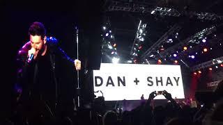 Dan + Shay singing Mr Brightside