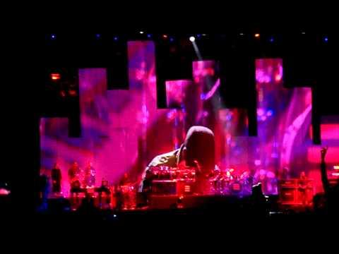 Jay-Z - Everyday A Star Is Born (Live) - Wireless Festival 4 July 2010