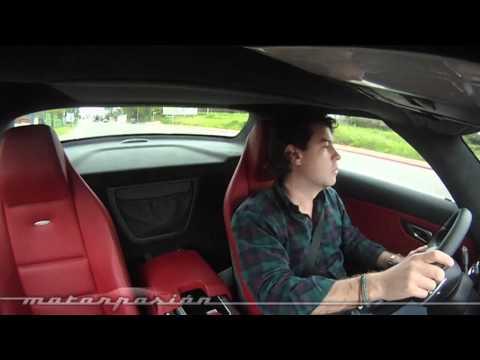 Cómo es el Mercedes SLS AMG, prueba en carretera