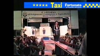 Sfilata Moda - Taxi Fortunato di Giovanna Pezzolla