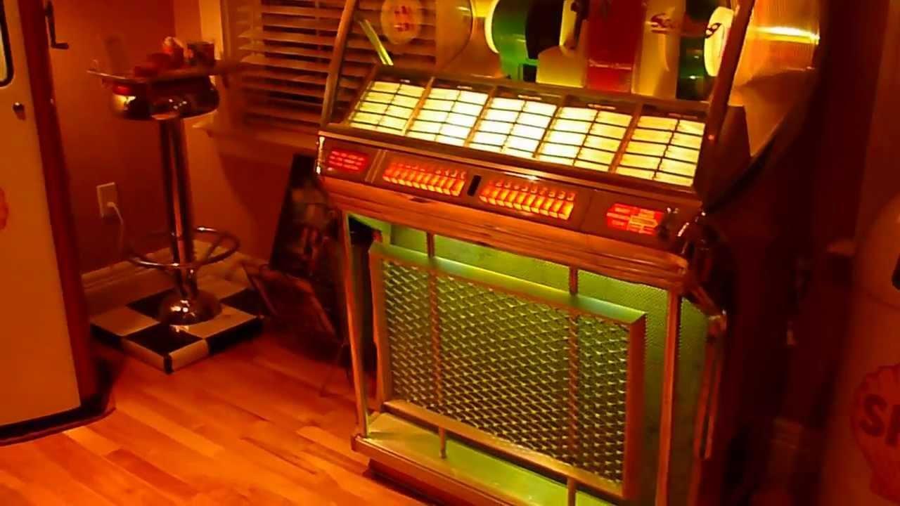 1955 seeburg selec o matic jukebox jl 100 playing elvis. Black Bedroom Furniture Sets. Home Design Ideas