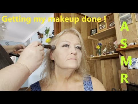 Download ASMR ** My Sister does my Makeup ! Tingles & Triggers !