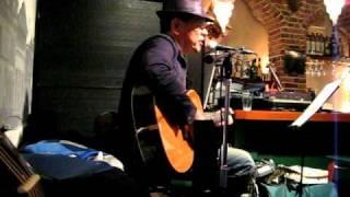 今年のクリスマスライブで小田和正さんの歌を歌いました。良かったら聴...
