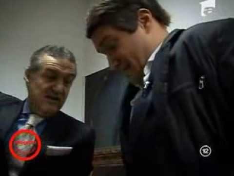 Gigi Becali, faţă în faţă cu sosia lui