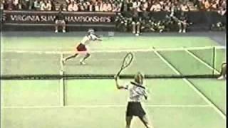 Hana Mandlikova battles Martina Navratilova - 1985 Madison Square Garden SF
