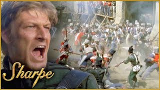 Sharpe Fights On The Frontline As The French Attack | Sharpe