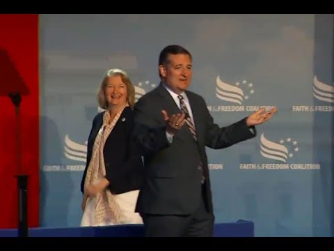 Ted Cruz Played Offstage Mid-Speech