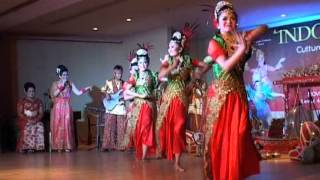INDONESIAN CULTURAL PERFORMANCE 2013 JAIPONG DANCE