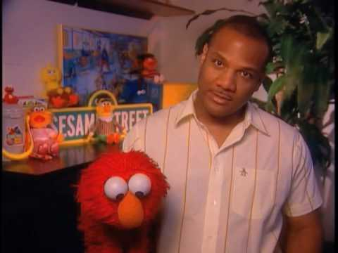 Kevin Clash discusses working with Elmo  EMMYTVLEGENDS.ORG