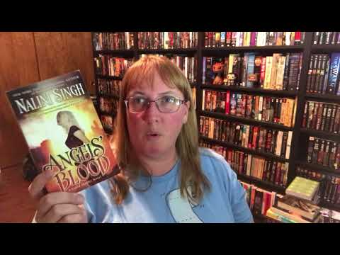 Top 5 Wednesday: Books Featuring . . . Vampires!