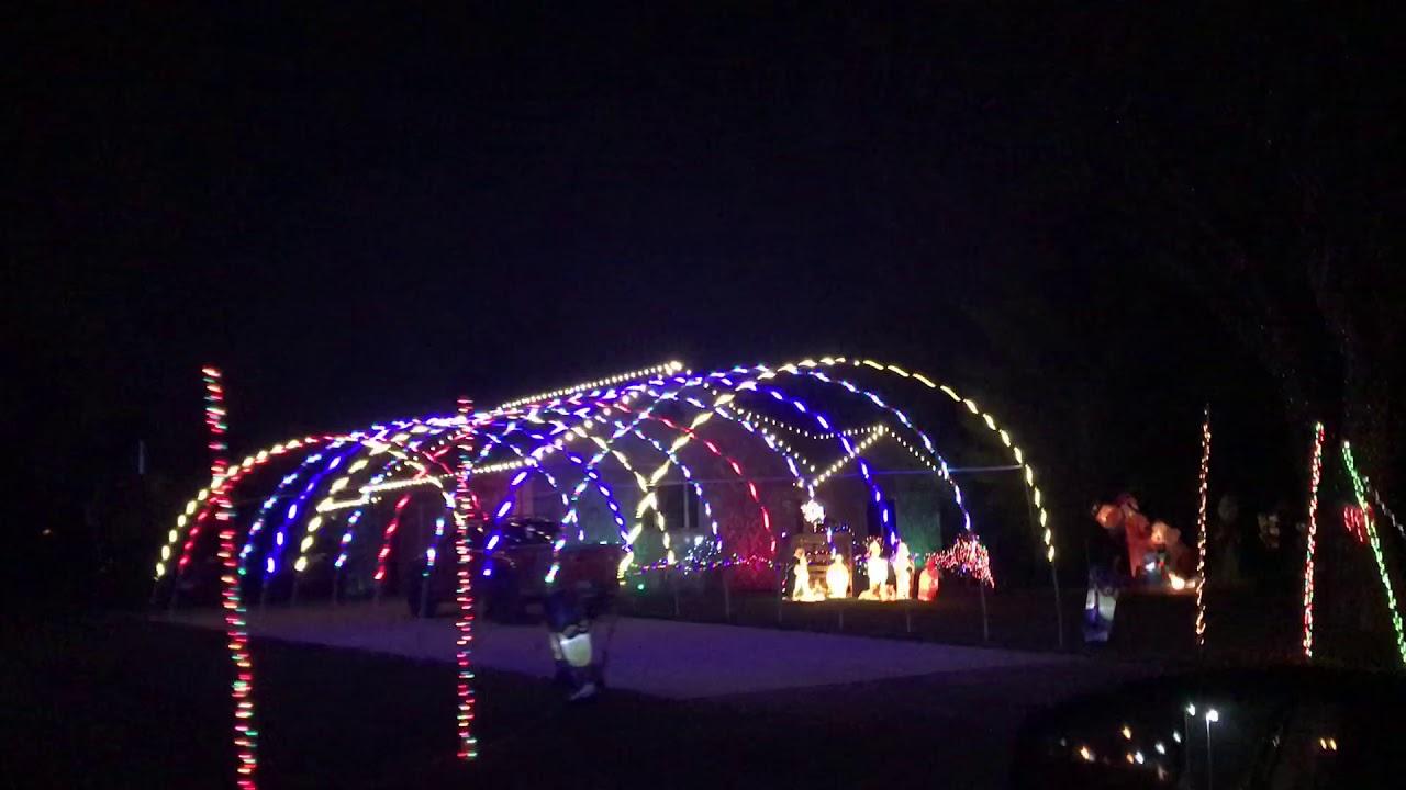 Christmas Lights In Livonia Michigan