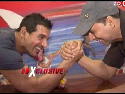 Akshay Kumar & John Abraham promote Desi Boyz Mp3