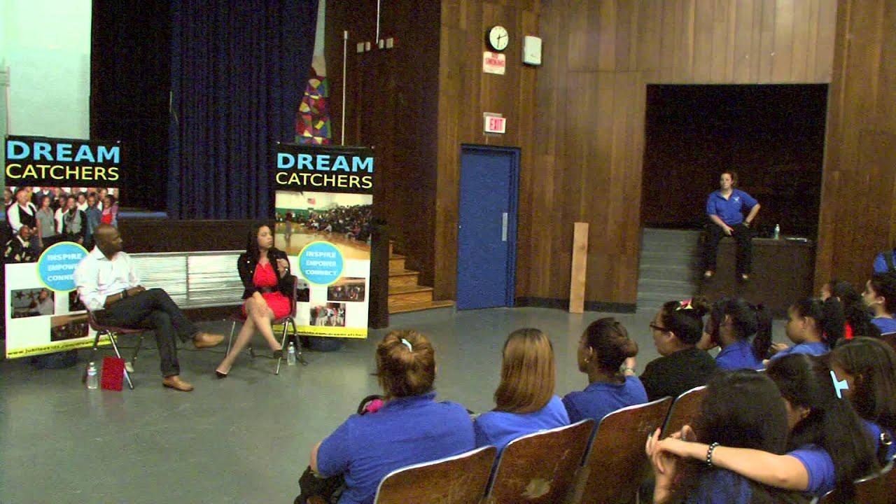 Language In 45 And 47 Stella Street: Marleny Cruz Talking About Entreprenourship~ Bilingual