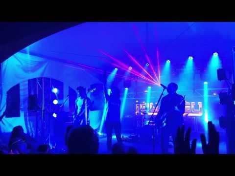 Garden State Radio plays Don't Stop Believin'