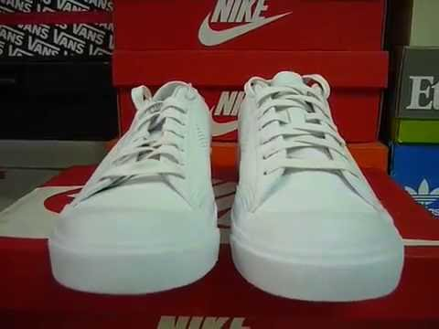 Extra Desafío cebolla  NIKE ALL COURT 2 LOW QS WHITE LEATHER 727801 111 - YouTube