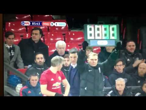 Bastian Schweinsteiger Comeback Manchester United - First touch