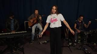 Melanie C ft. Sink The Pink - High Heels (Acoustic Version)