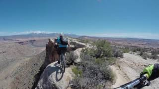 Fearless  Dudes Ride Their Bikes At The Edge Of A Cliff!