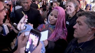 Video Italian fans goes nuts as Nicki Minaj unveil her new capsule collection with Diesel in Milan download MP3, 3GP, MP4, WEBM, AVI, FLV September 2018