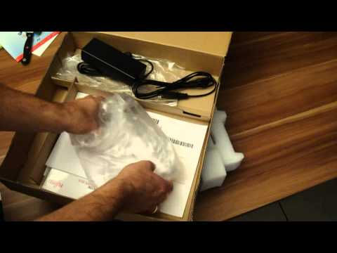 Fujitsu Lifebook E780 - Unpacking