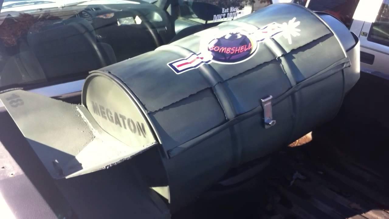 Truck Chest Tool Box >> Custom made Bomb Tool Box - YouTube