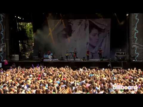 Tegan and Sara LIVE at Lollapalooza 2013