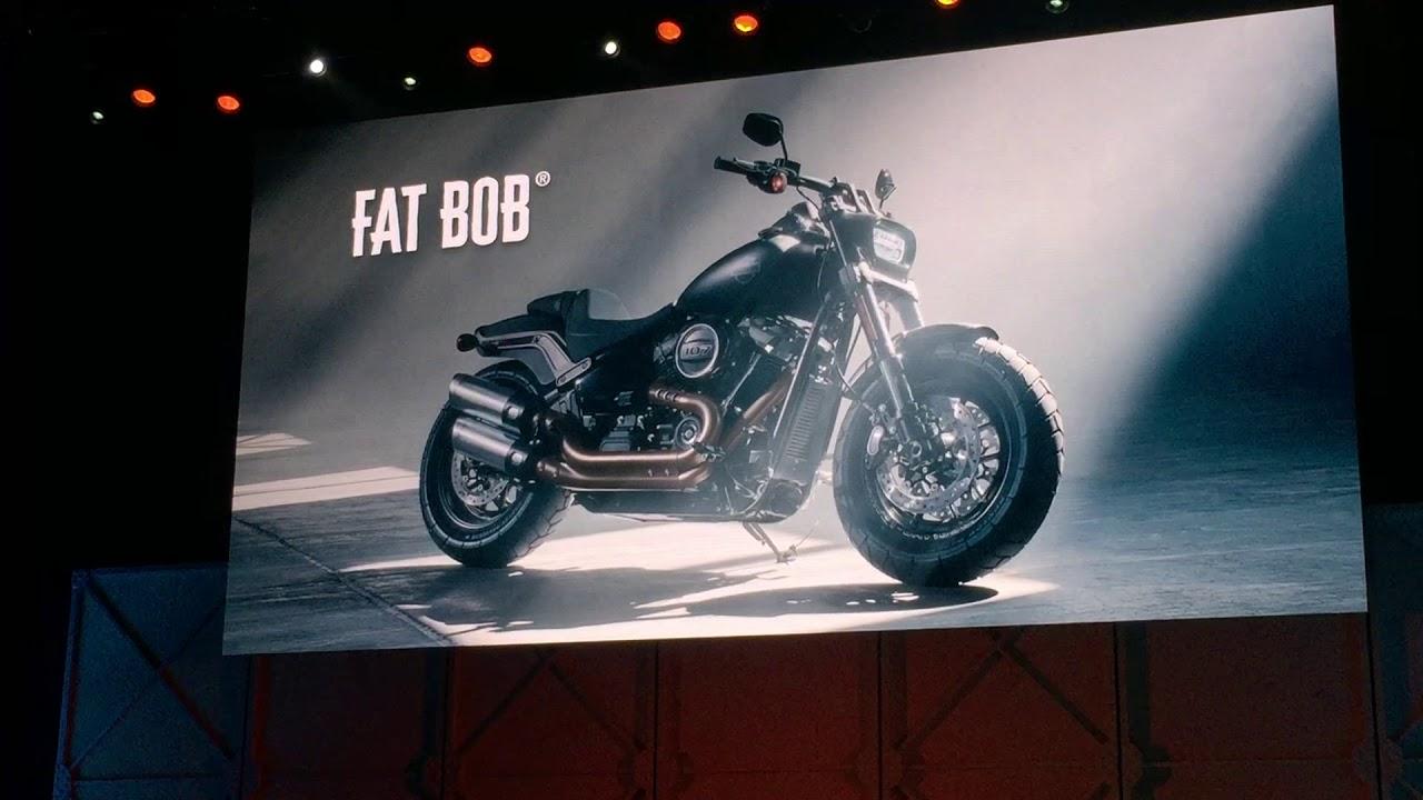 new fat bob 2018 harley davidson 2018 presentation in. Black Bedroom Furniture Sets. Home Design Ideas
