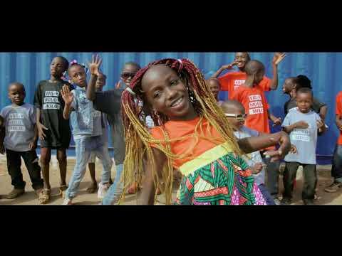 Mami La Star - Vas-y Molo Molo (Clip Officiel)